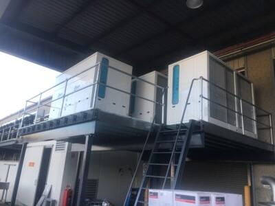 Weatherproof refrigerating units for SUR